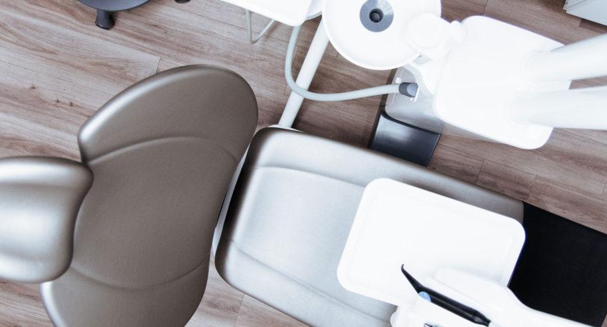 dentalni asistent